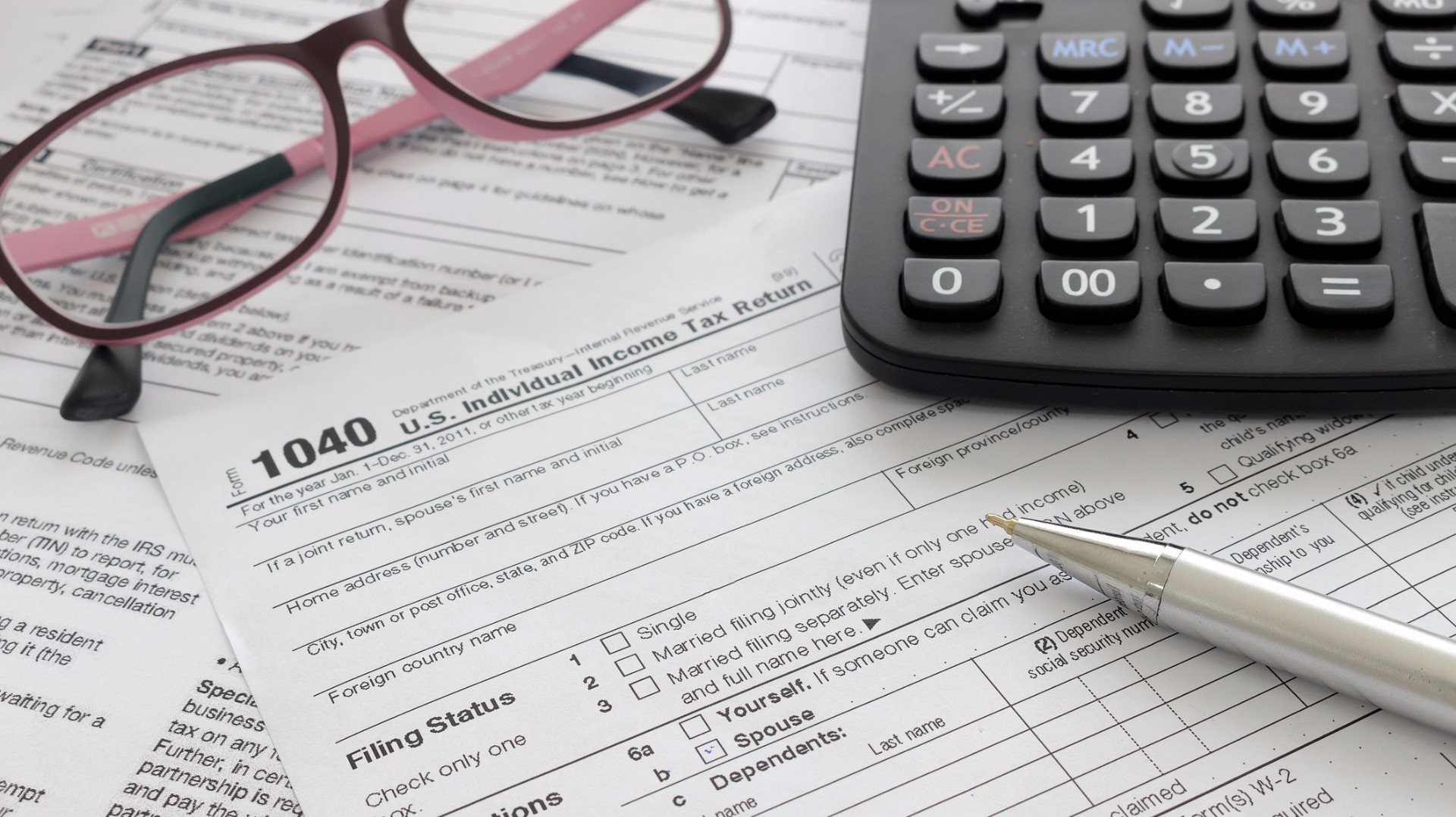 Where's your tax refund? Some face more delays | WZZM13.com